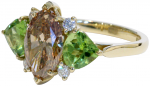 thumbs_cognac-white-diamond-and-peridot-ring
