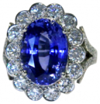 thumbs_sapphire-and-diamond-cluster-ring-with-a-diamond-set-band